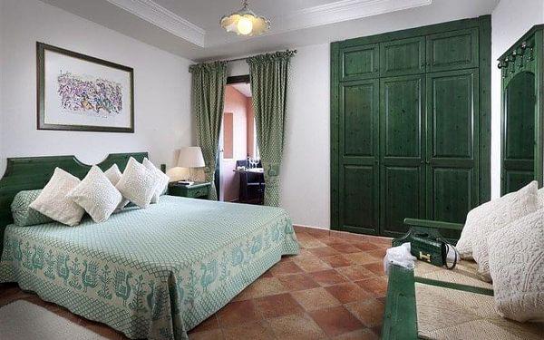 Cala Ginepro Hotel Resort, Sardinie / Sardegna, Itálie, Sardinie / Sardegna, letecky, polopenze2