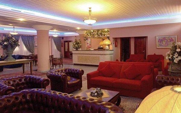 Cala Ginepro Hotel Resort, Sardinie / Sardegna, Itálie, Sardinie / Sardegna, letecky, polopenze3
