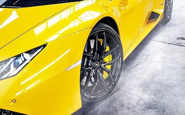 Jízda v Lamborghini Huracán - 20 minut | Hradec Králové | Duben - říjen. | 20 minut.4