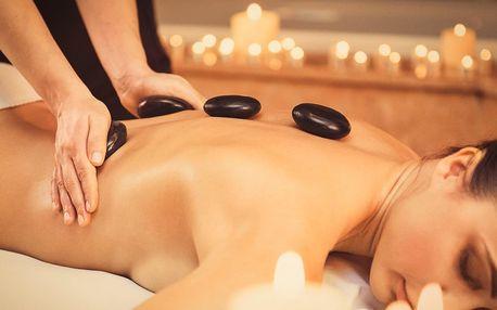Jemná indická masáž hlavy či masáž lávovými kameny
