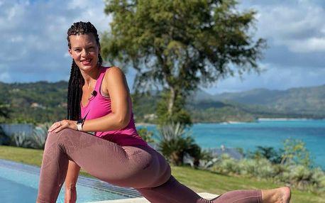 Online lekce jógy z Karibiku s Yoga Club Petraki