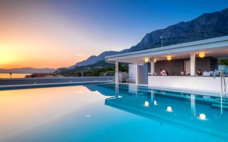Luxusní 4* hotel v Makarské: snídaně, wellness