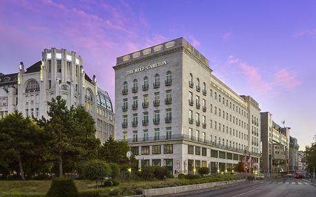 5* hotel The Ritz-Carlton se snídaní nebo polopenzí