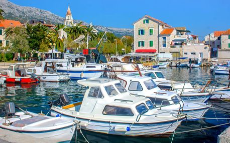 Dovolená u Splitu: hotel přímo na pláži, polopenze