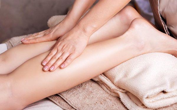 Ruční anticelulitidová masáž nohou se skořicovým zábalem5