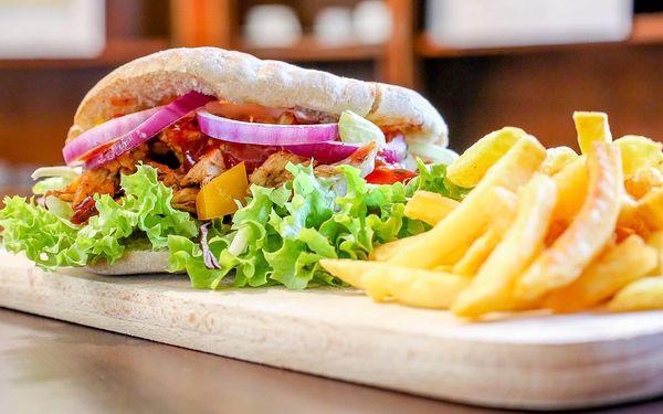 1x kebab s kuřecím masem + hranolky5