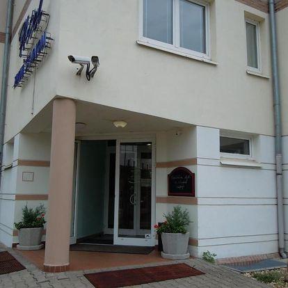 Střední Čechy: Hotel Zimní Stadion