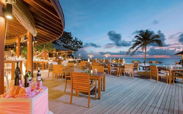 Centara Ras Fushi Resort a Spa