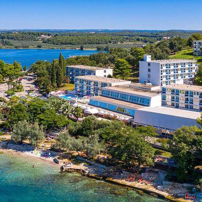 3* Hotel Plavi Plava Laguna se snídaní hned u moře