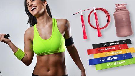 Domácí trénink s GymBeamem: švihadla, lahve, gumy
