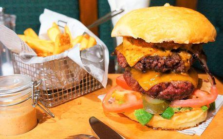 Big Boy Burger s 360 g hovězího masa a hranolky