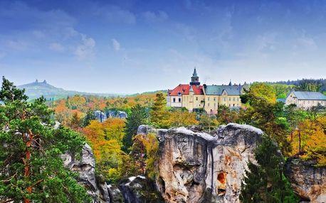 Pobyt na zámku Hrubá Skála s polopenzí i masáží