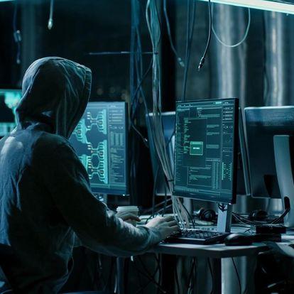 Online detektivní úniková hra – The Hack