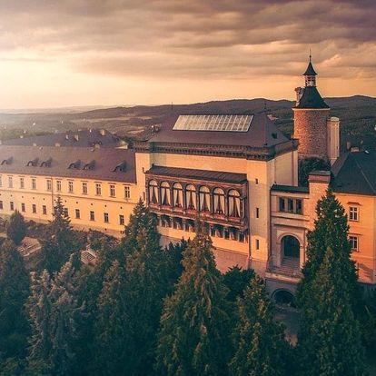 Pohádkový pobyt a wellness v luxusním hotelu Chateau Zbiroh nedaleko Prahy 3 dny / 2 noci, 2 osoby, snídaně
