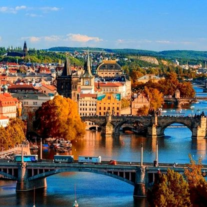 Romantická Praha - prvotřídní hotel s bazénem včetně POLOPENZE - dlouhá platnost poukazu