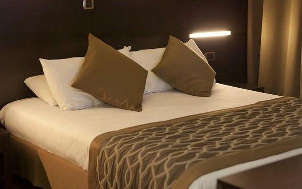 Nádherný víkend v Paříži v hotelu na Seině 4 dny / 3 noci, 2 os., snídaně5