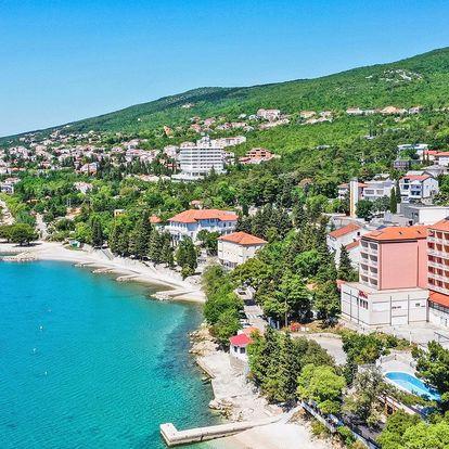 Dovolená u Krku: hotel přímo na pláži, polopenze