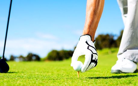 Den golfistou: trénink i opravdová hra