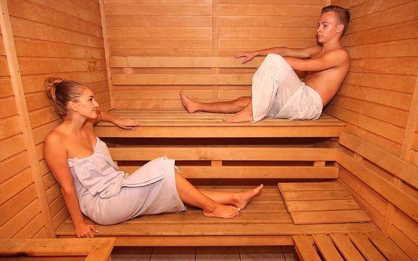 Badminton, sauna a vířivka2