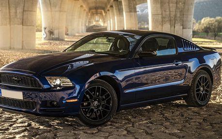 Superjízda v Mustangu na 15–60 minut vč. paliva