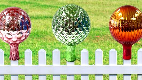 Dekorativní koule do zahrady z Floriánovy hutě
