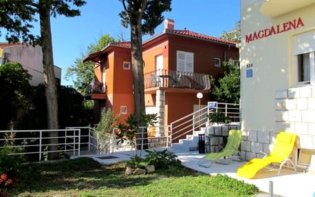 Chorvatsko, Rab: Villas Arbia - Rooms Villa Rio