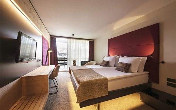 RIKLI BALANCE HOTEL****S - Bled, Julské Alpy, vlastní doprava, snídaně v ceně5