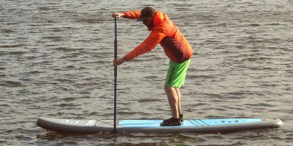 Zapůjčení paddleboardu na Brněnské přehradě - 1 hodina | Období Út 1. 6. – Čt 30. 9. 20214