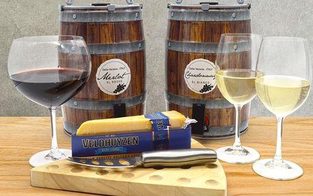 5l soudky Merlotu či Chardonnay a sýr k tomu
