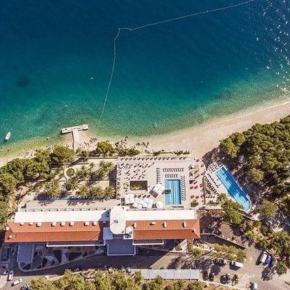 Chorvatsko - Makarska letecky na 8-9 dnů, snídaně v ceně