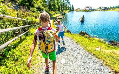 Rakousko v dětmi oblíbeném Kinderhotelu Schneekönig **** s wellness, polopenzí, obrovskou hernou a animacemi
