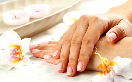 Klasická manikúra, gellak i gelové nehty