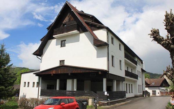 Český ráj: Hotel Skála