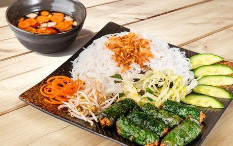 Asijské jídlo pro 2: hovězí, kuře, kachna i vege