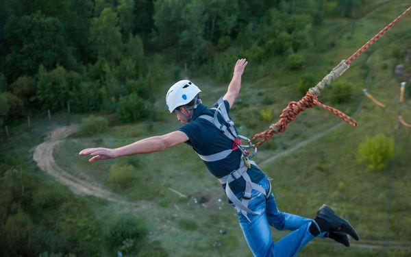 Bungee katapult na jeřábu až do výšky 36 metrů3