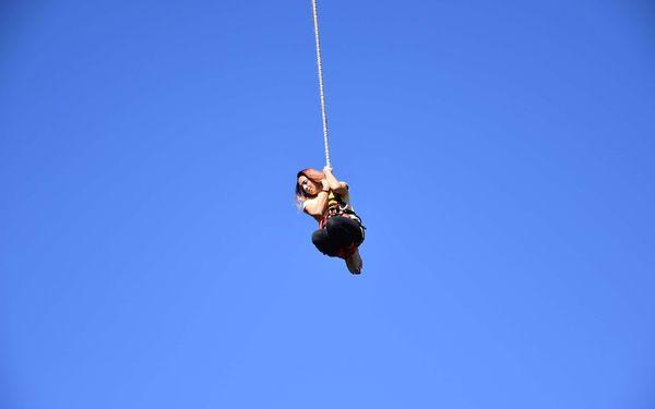 Bungee katapult na jeřábu až do výšky 36 metrů4