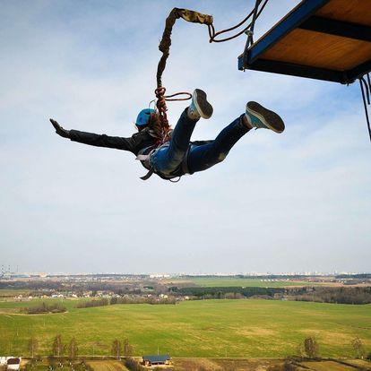 Bungee Jumping z jeřábu či zabezpečený volný pád