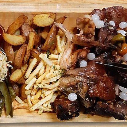 2 kg masa a spousta příloh ve Švejk restaurantu
