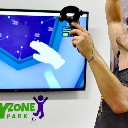 Virtuální realita a atrakce ve Fly Zoně pro 4 os.