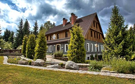 Jaro až podzim v hotelu Perla Jizery pro 2 osoby s polopenzí a wellness v Jizerských horách