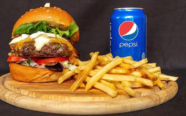 Bouda burger, hranolky, dip a nápoj pro 1 osobu4