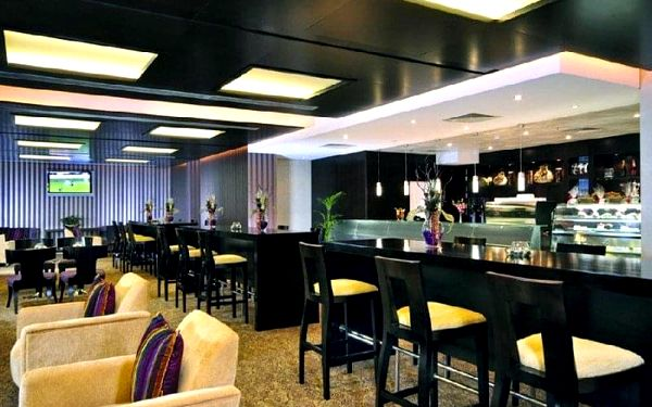 TWO SEASONS HOTEL & APARTMENTS ( EX.GLORIA HOTEL), Dubai, Spojené arabské emiráty, Dubai, letecky, snídaně v ceně2