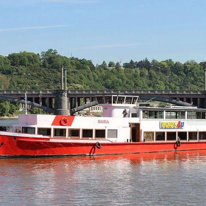 Vyhlídkové plavby v Praze na Vltavě s výkladem či rautem