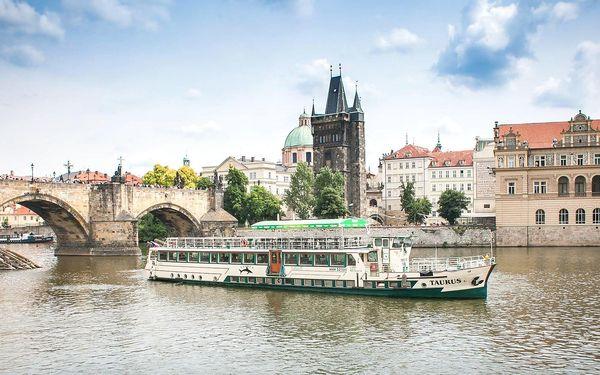 2hod. plavba po Vltavě s rautem pro děti i dospělé