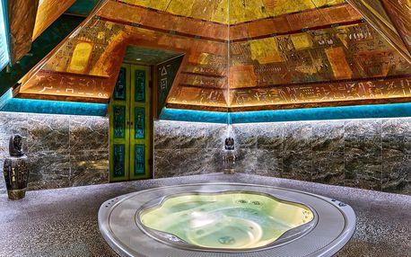 Dopolední relax v pyramidě: privátní vířivka a bazén