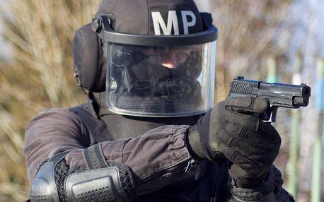 Staňte se členem SWAT: 5hodinový výcvik i střelba