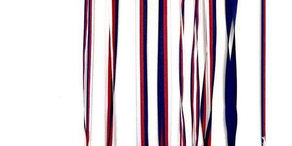 Věšák na medaile (40 × 16 cm)5