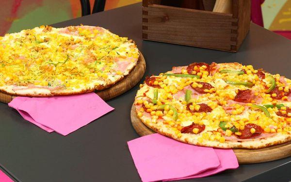 1x Chacharova pizza (⌀ 32 cm) podle výběru3