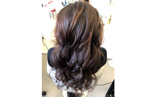 Střih s barvou a Olaplexem (krátké vlasy)2