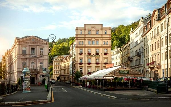 Karlovarský kraj: Hotel Ruze